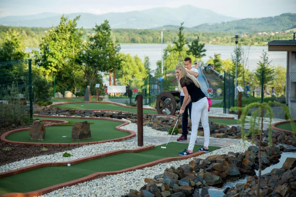 Adventure Golf Olešná